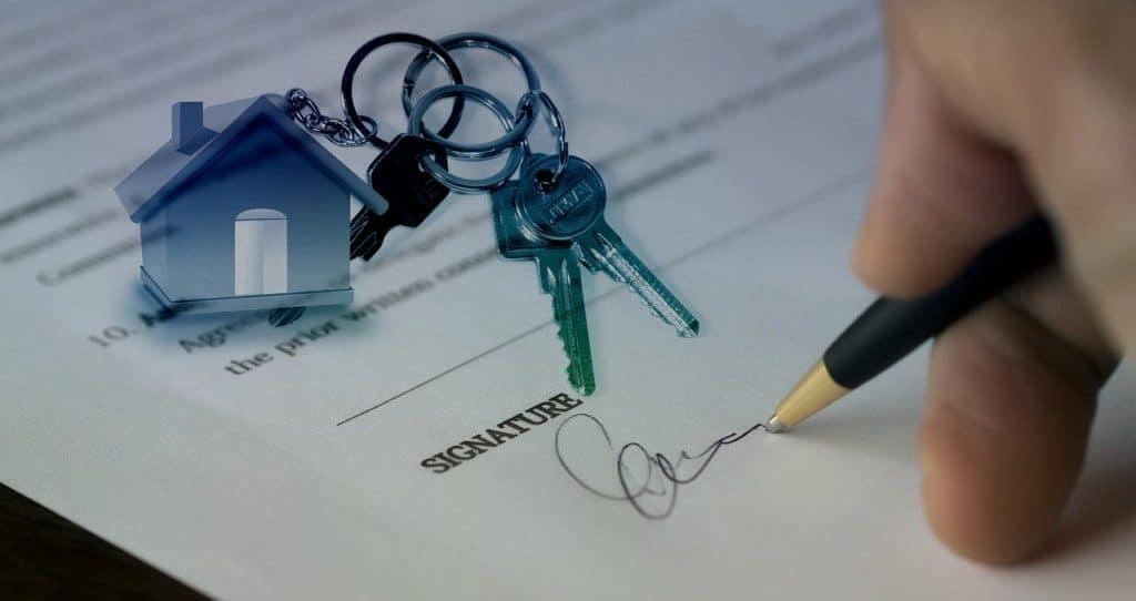 מפתחות וחוזה